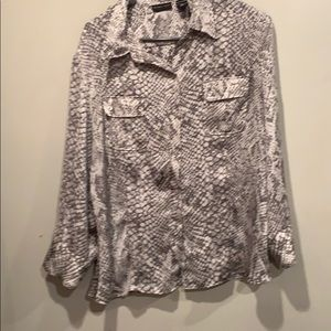 New York & company button down blouse